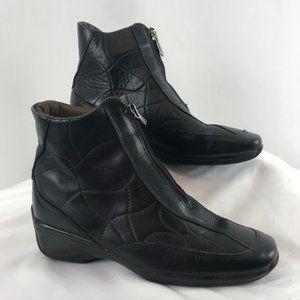 Aquatalia Insulated Black Leather Bootie